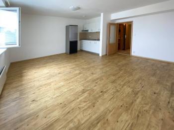 Pronájem bytu 2+kk v osobním vlastnictví 52 m², Praha 9 - Střížkov
