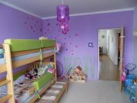 pokoj 1 (Prodej bytu 4+1 v osobním vlastnictví 80 m², Liberec)