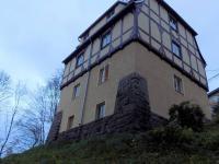 pohled na dům ze zahrady (Prodej domu v osobním vlastnictví 260 m², Liberec)