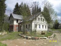 Prodej historického objektu 400 m², Loužnice