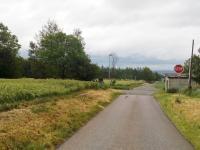 foto 4 - přístup k pozemku (Prodej pozemku 16250 m², Dílce)
