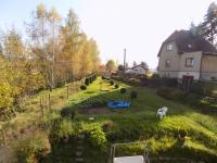 pohled na příjezdovou cestu (Prodej domu v osobním vlastnictví 120 m², Jablonec nad Nisou)