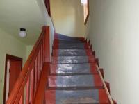 schodiště (Prodej domu v osobním vlastnictví 120 m², Jablonec nad Nisou)