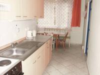 foto 8 - kuchyňský kout (Prodej bytu 3+1 v osobním vlastnictví 74 m², Jiřetín pod Bukovou)