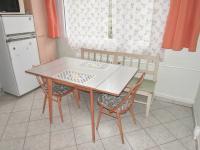 foto 11 - jídelna (Prodej bytu 3+1 v osobním vlastnictví 74 m², Jiřetín pod Bukovou)