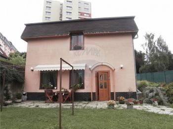 pohled na dům ze zahrady - Prodej domu v osobním vlastnictví 143 m², Jablonec nad Nisou