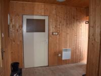 předsíň (Prodej domu v osobním vlastnictví 200 m², Úherce)