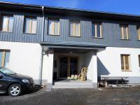 vchod (Prodej bytu 1+kk v osobním vlastnictví 31 m², Kořenov)