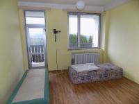 pokoj s balkónem (Prodej penzionu 1500 m², Zlatá Olešnice)