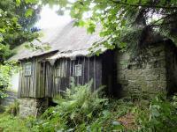 foto 6 - pohled na dům - zadní část (Prodej chaty / chalupy 85 m², Pěnčín)