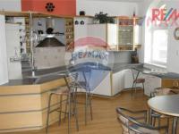 14 (Prodej komerčního objektu 422 m², Liberec)