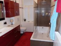 koupelna (Prodej bytu 4+1 v osobním vlastnictví 114 m², Jablonec nad Nisou)