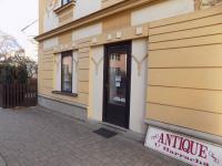 foto 6 - vstup do prodejny č. 1 - Prodej komerčního objektu 366 m², Jilemnice