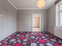 foto 9 - byt v 1. NP - pokoj č. 2 - Prodej domu v osobním vlastnictví 230 m², Jablonec nad Nisou