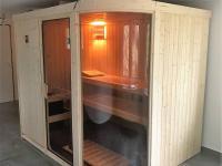 foto 12 - relaxační místnost se saunou ve 2. NP - Prodej domu 160 m², Janov nad Nisou