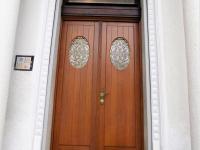 foto 9 - vstup do domu - Prodej domu v osobním vlastnictví 900 m², Jablonec nad Nisou