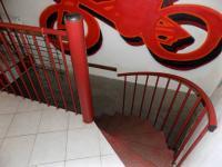 foto 6 - přístup do suterénu - Pronájem obchodních prostor 40 m², Jablonec nad Nisou
