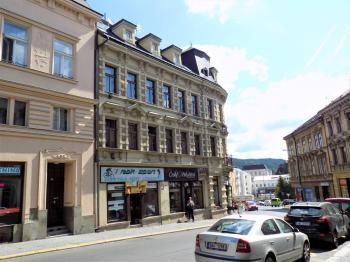 foto 1 - pohled na dům - Pronájem obchodních prostor 40 m², Jablonec nad Nisou