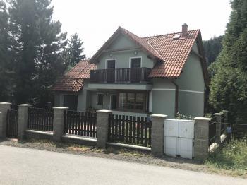 Prodej domu v osobním vlastnictví 240 m², Jablonec nad Nisou