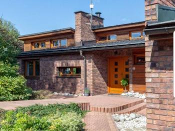 Prodej domu v osobním vlastnictví 900 m², Jablonec nad Nisou