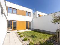Prodej domu v osobním vlastnictví 152 m², Pardubice