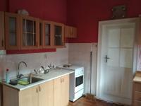 kuchyně (Prodej domu v osobním vlastnictví 80 m², Vrchlabí)