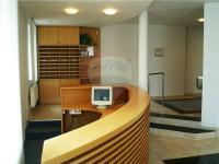 vstupní recepce - Pronájem kancelářských prostor 168 m², Hradec Králové