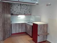 Pronájem komerčního prostoru (obchodní) v osobním vlastnictví, 20 m2, Hradec Králové