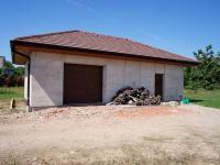 garáž - Prodej domu v osobním vlastnictví 117 m², Křičeň