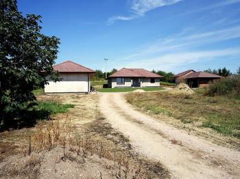 Prodej domu v osobním vlastnictví 117 m², Křičeň