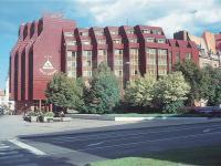 Budova hotelu Koruna*** (Pronájem obchodních prostor 550 m², Opava)