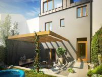 zahrada snížená terasa (Prodej domu v osobním vlastnictví 143 m², Brno)