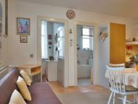 Jídelna, vstup do pracovny a koupelny (Prodej bytu 3+kk v osobním vlastnictví 90 m², Mikulov)