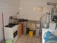 Teplá kuchyně (Pronájem penzionu 250 m², Jedovnice)