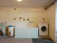 Sklep (Prodej domu v osobním vlastnictví 210 m², Mikulov)