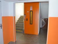 Výtah (Pronájem bytu 3+1 v družstevním vlastnictví 72 m², Vyškov)