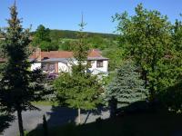 Pohled z okna (Prodej domu v osobním vlastnictví 187 m², Kulířov)