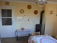 Kuchyně (Prodej domu v osobním vlastnictví 113 m², Krásensko)