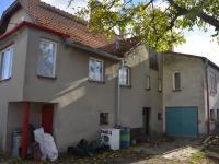 Pohled na dům ze dvora (Prodej domu v osobním vlastnictví 113 m², Krásensko)
