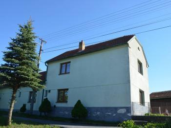 Pohled na dům  - Prodej domu v osobním vlastnictví 187 m², Kulířov