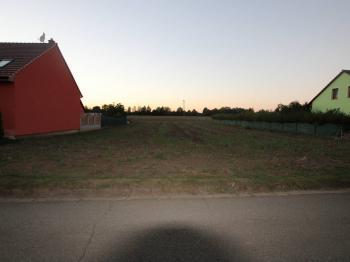 Prodej pozemku 755 m², Hoštice-Heroltice