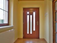 Vstupní zádveří - Prodej domu v osobním vlastnictví 215 m², Bučina