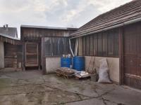 Drobná hospodářská stavení za domem - Prodej domu v osobním vlastnictví 215 m², Bučina