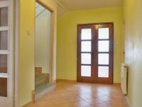 Chdoba, schodiště - Prodej domu v osobním vlastnictví 215 m², Bučina