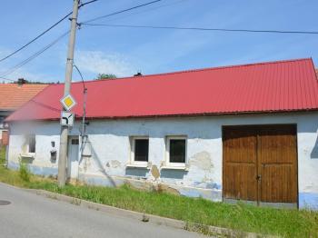 Prodej domu v osobním vlastnictví 65 m², Račice-Pístovice