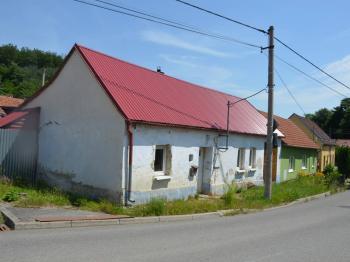 Pohled na dům  - Prodej domu v osobním vlastnictví 65 m², Račice-Pístovice