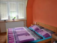 Ložnice - Pronájem bytu 3+1 70 m², Ježkovice