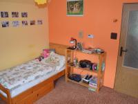 Dětský pokoj  - Pronájem bytu 3+1 70 m², Ježkovice