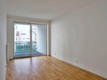 Pokoj 3 se vstupem na balkon 11 m2 - Prodej bytu 4+kk v osobním vlastnictví 116 m², Brno