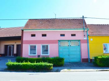 Prodej domu v osobním vlastnictví 65 m², Kostelec